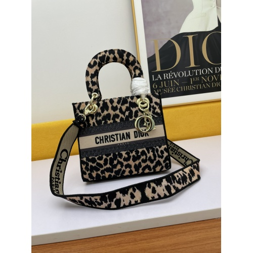 Christian Dior AAA Quality Messenger Bags For Women #877858