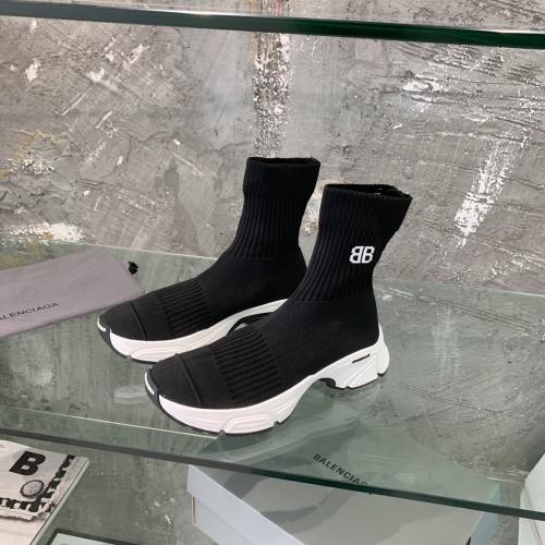 Balenciaga Boots For Women #877873