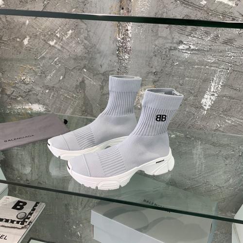 Balenciaga Boots For Women #877874