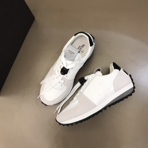 Valentino Casual Shoes For Men #878294