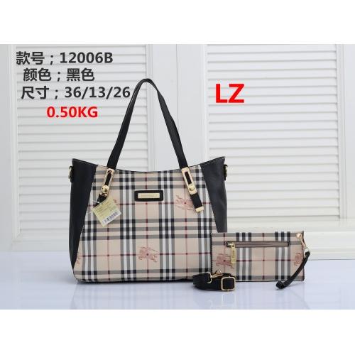 Burberry Handbags #878397