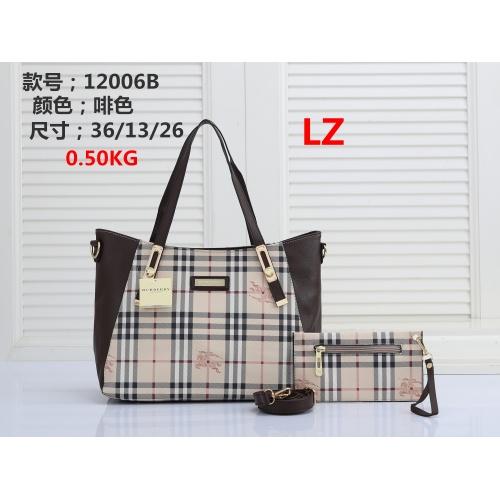 Burberry Handbags #878398