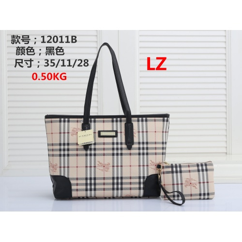 Burberry Handbags #878403