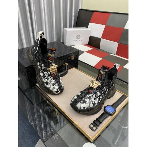 Versace Casual Shoes For Men #878561 $80.00 USD, Wholesale Replica Versace Casual Shoes