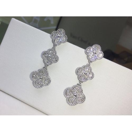 Van Cleef & Arpels Earrings #879007