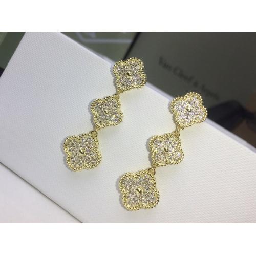 Van Cleef & Arpels Earrings #879008