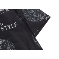 $27.00 USD Versace T-Shirts Short Sleeved For Men #869535