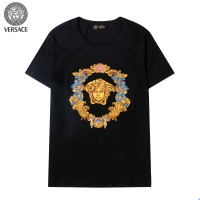 $34.00 USD Versace T-Shirts Short Sleeved For Men #869548