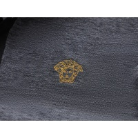 $29.00 USD Versace T-Shirts Short Sleeved For Men #870380
