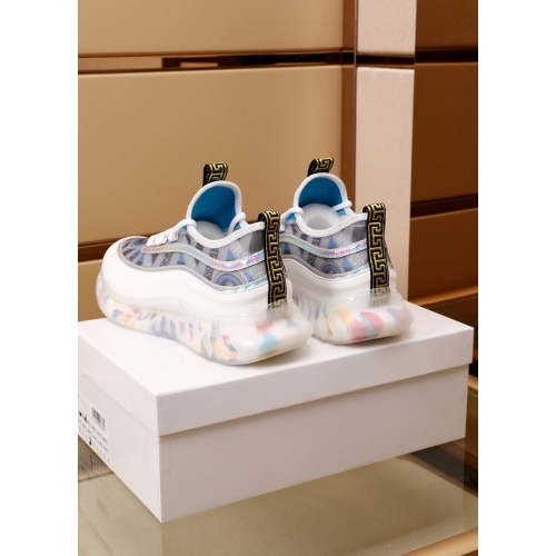 Replica Versace Casual Shoes For Men #879215 $82.00 USD for Wholesale