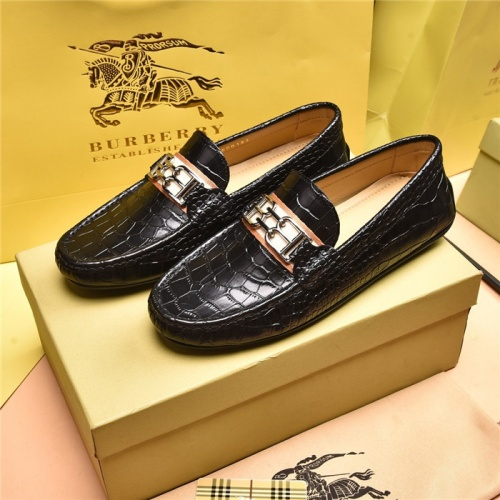 Burberry Leather Shoes For Men #879610