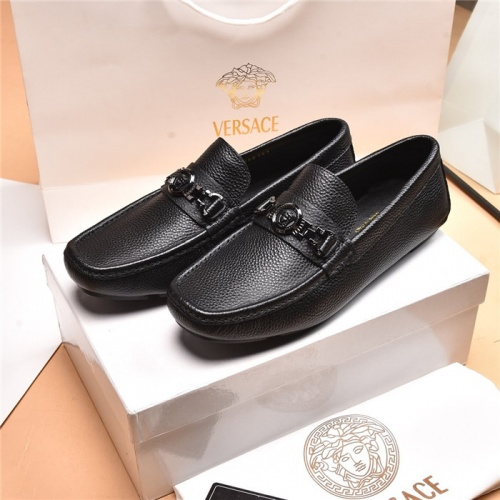 Versace Leather Shoes For Men #879619
