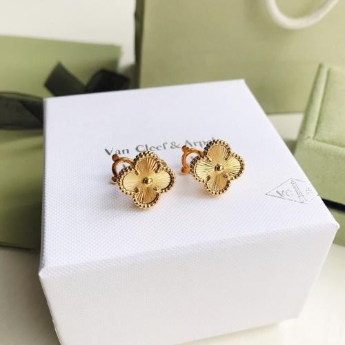 Van Cleef & Arpels Earrings #879684 $34.00 USD, Wholesale Replica Van Cleef & Arpels Earrings