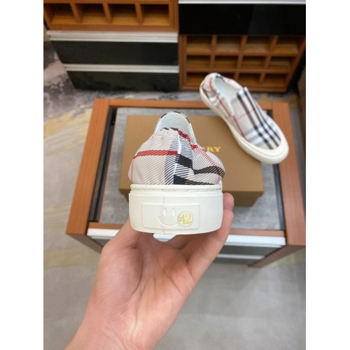 Replica Burberry Casual Shoes For Men #879781 $60.00 USD for Wholesale