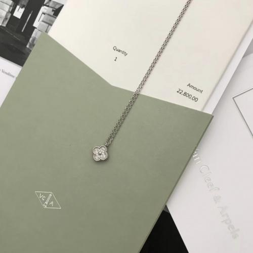 Van Cleef & Arpels Necklaces #879944 $29.00 USD, Wholesale Replica Van Cleef & Arpels Necklaces