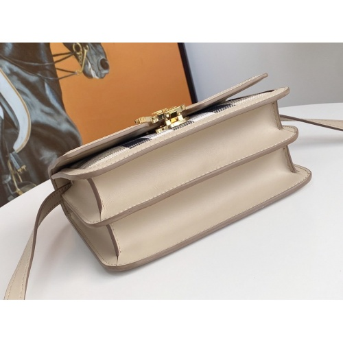 Replica Burberry AAA Messenger Bags For Women #879969 $210.00 USD for Wholesale