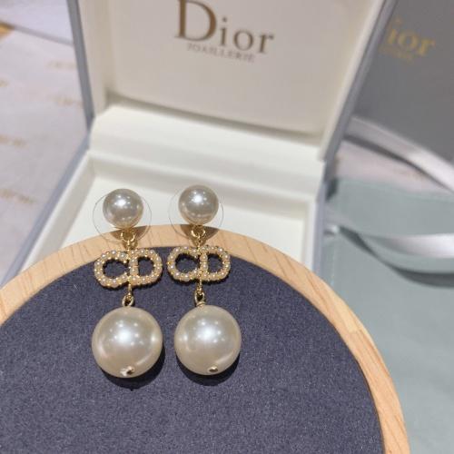 Christian Dior Earrings For Men #880355