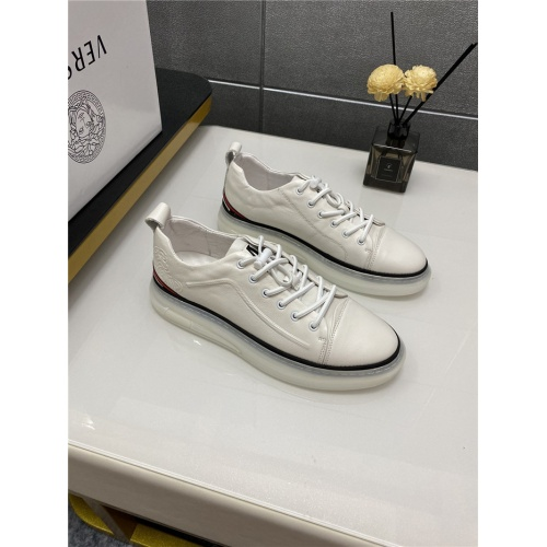Versace Casual Shoes For Men #880572