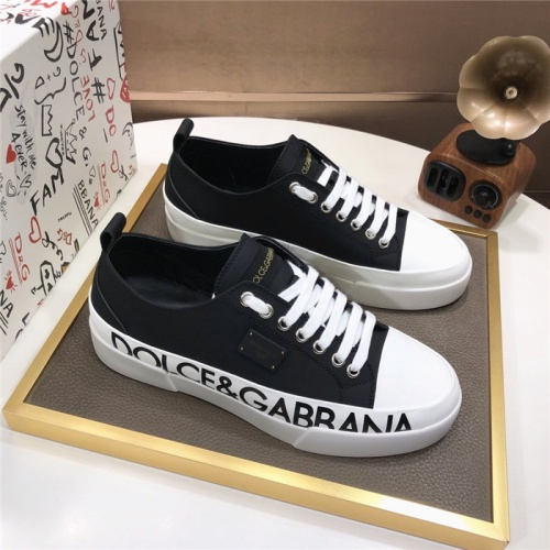 Dolce & Gabbana D&G Casual Shoes For Men #880810
