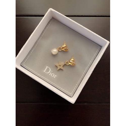 Christian Dior Earrings #880857