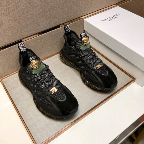 Versace Casual Shoes For Men #881064