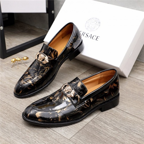Versace Leather Shoes For Men #881405
