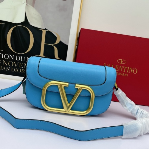 Valentino AAA Quality Messenger Bags For Women #881773