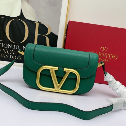 Valentino AAA Quality Messenger Bags For Women #881775