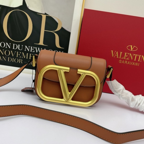 Valentino AAA Quality Messenger Bags For Women #881791