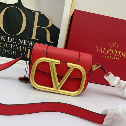 Valentino AAA Quality Messenger Bags For Women #881798