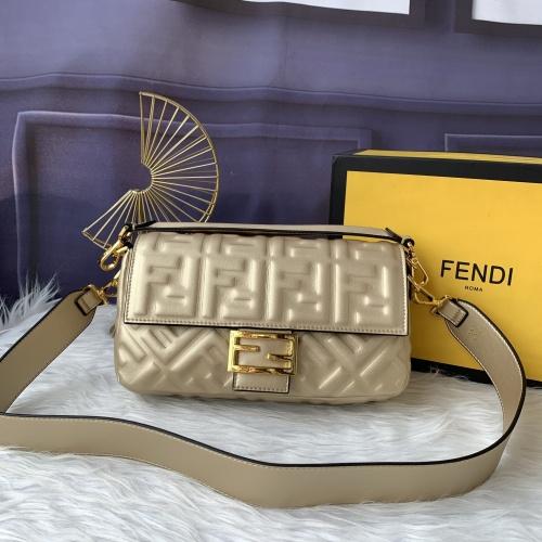 Fendi AAA Messenger Bags For Women #882374