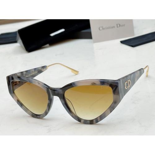Christian Dior AAA Quality Sunglasses #882653