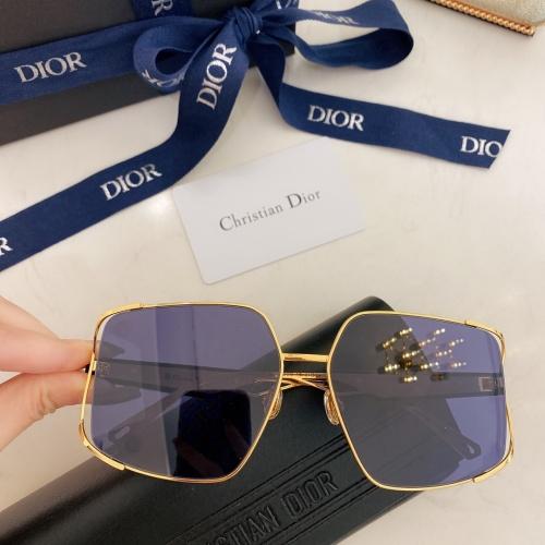 Christian Dior AAA Quality Sunglasses #882669