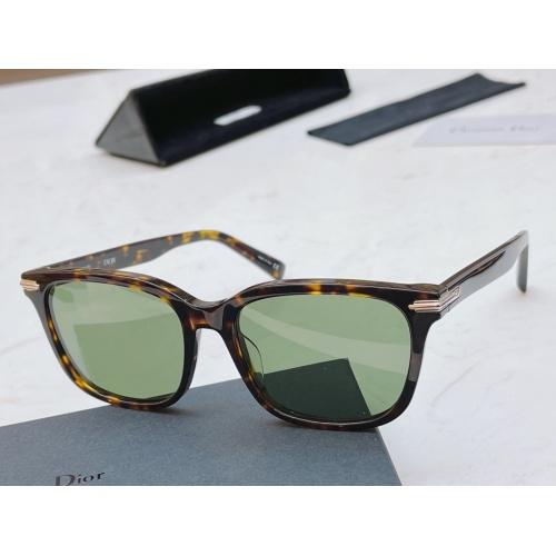 Christian Dior AAA Quality Sunglasses #883462
