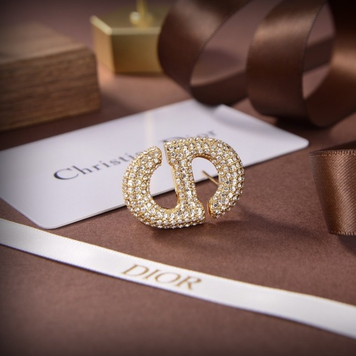 Christian Dior Brooches #883768