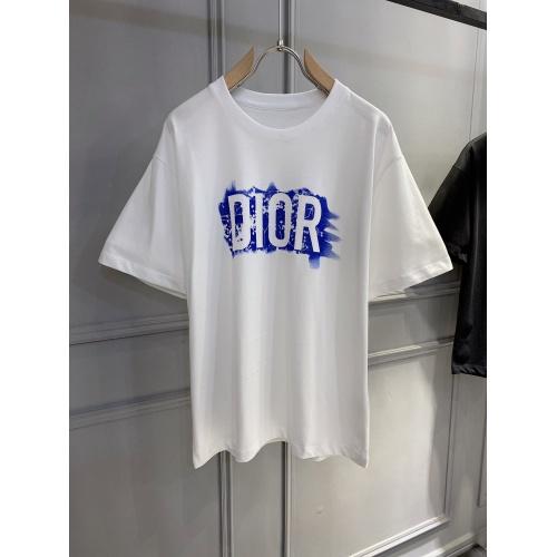 Christian Dior T-Shirts Short Sleeved For Men #884087