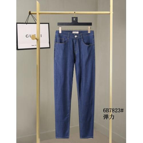 Burberry Pants For Men #884309