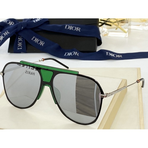 Christian Dior AAA Quality Sunglasses #884311