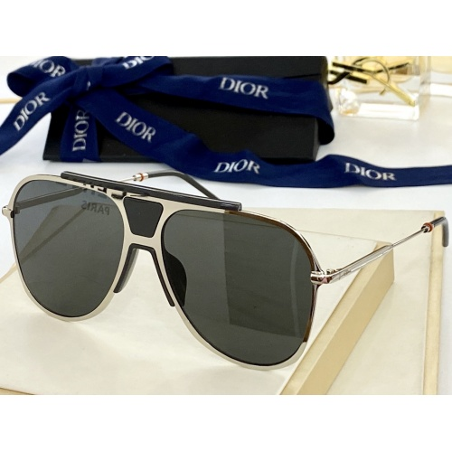 Christian Dior AAA Quality Sunglasses #884313