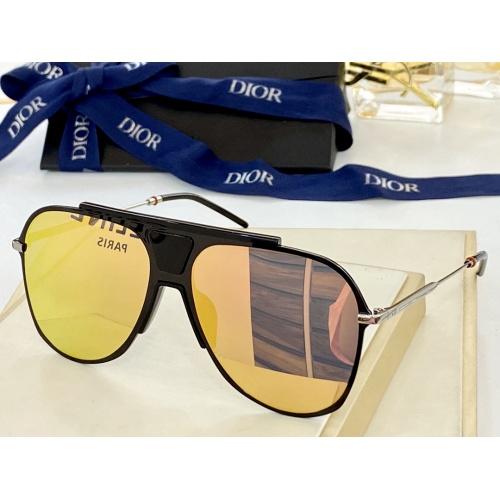 Christian Dior AAA Quality Sunglasses #884317