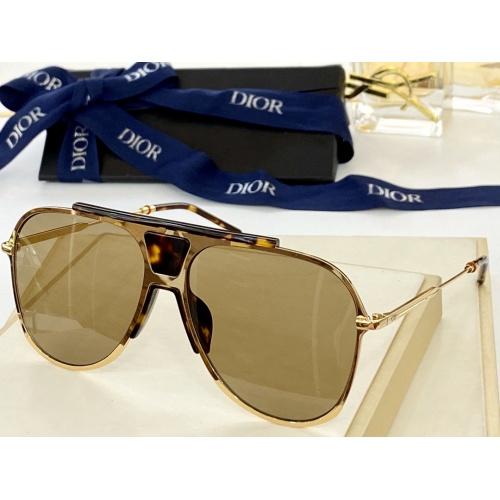 Christian Dior AAA Quality Sunglasses #884318