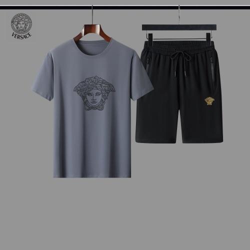 Versace Tracksuits Short Sleeved For Men #884620
