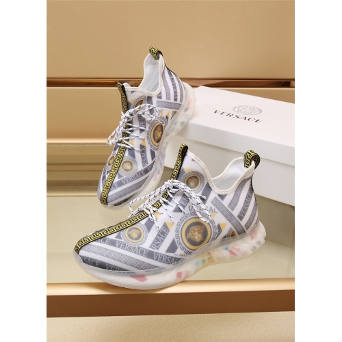 Versace Casual Shoes For Men #885115