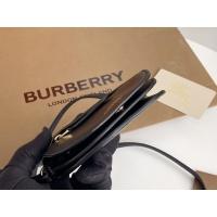 $125.00 USD Burberry AAA Messenger Bags For Women #879965