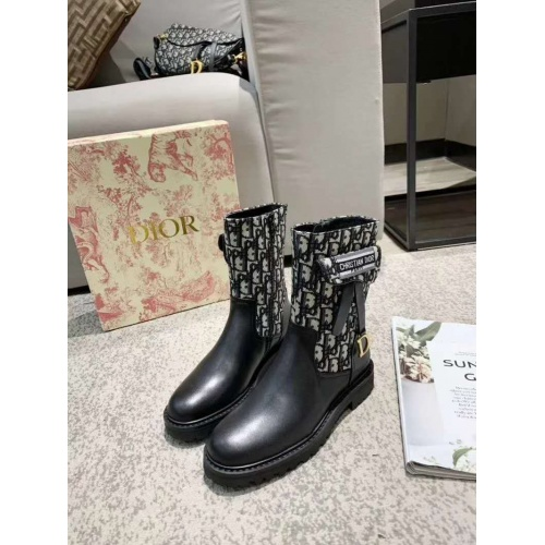 Christian Dior Boots For Women #885404