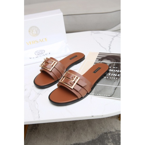 Versace Slippers For Women #885910