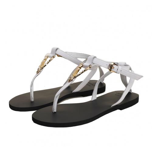 Versace Sandal For Women #885912