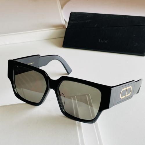 Christian Dior AAA Quality Sunglasses #885984