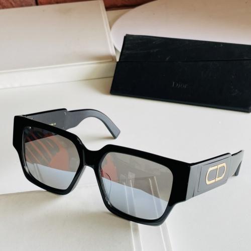 Christian Dior AAA Quality Sunglasses #885986
