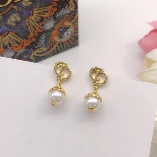 Christian Dior Earrings #886124